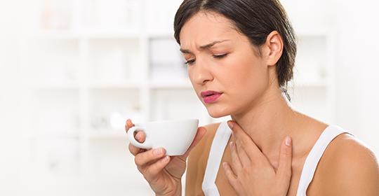 soigner une laryngite