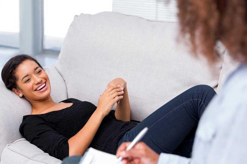 En quoi diffère un psychothérapeute d'un psychologue ?