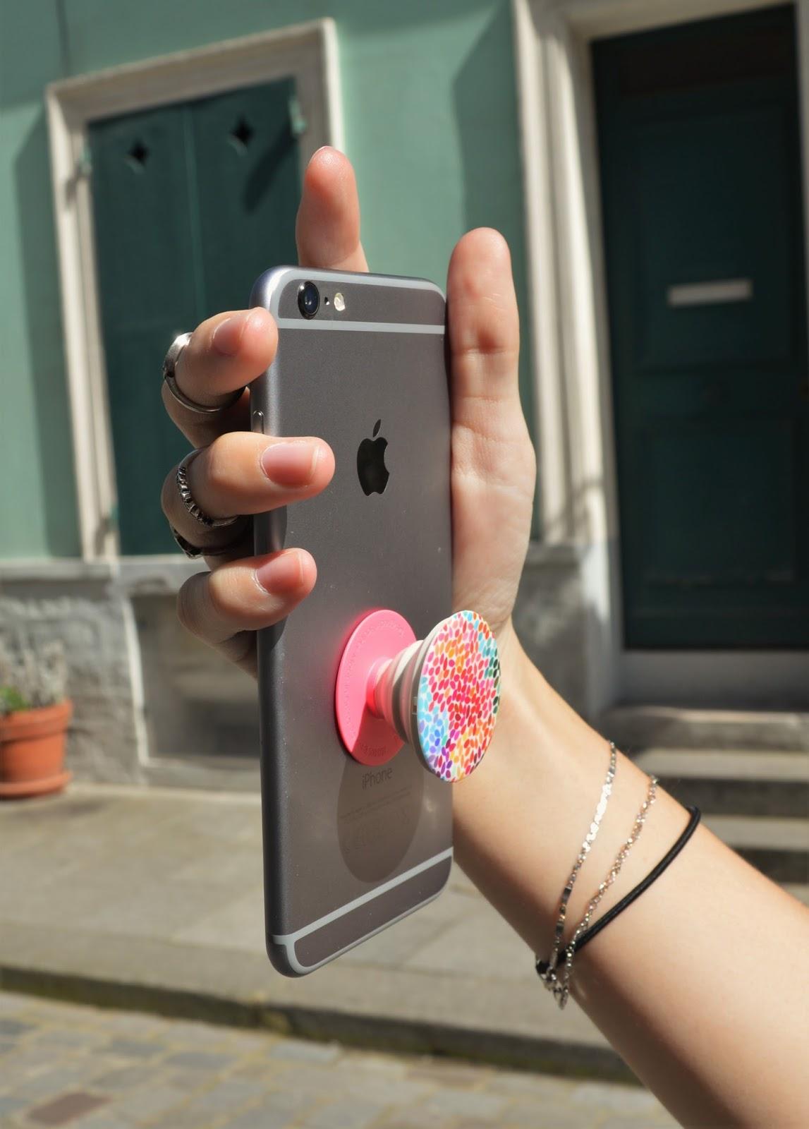 Accessoires pour tenir un téléphone